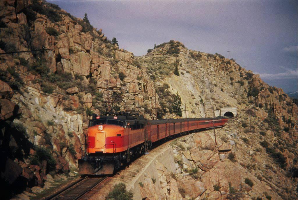 EVLnp44UUAAHRvA - Electric Railroad through the Rockies