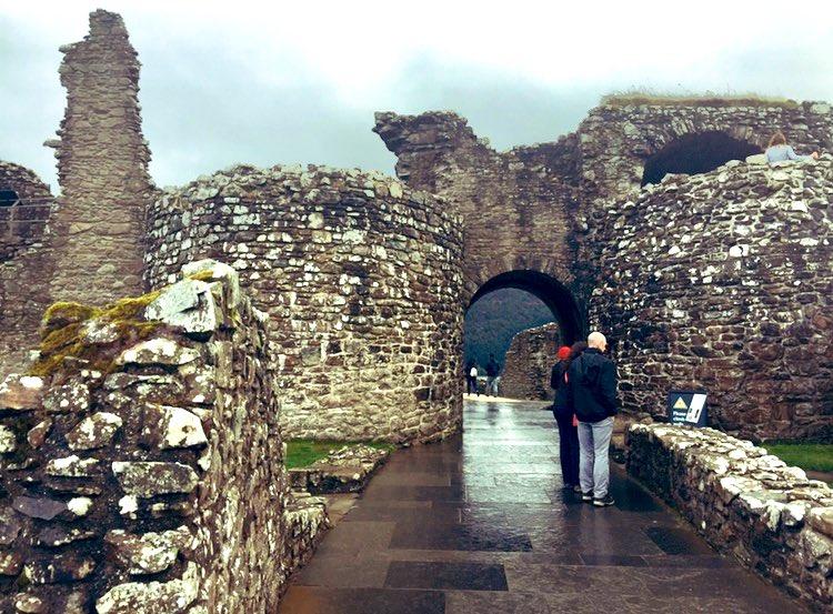 Walking the grounds at #UrquhartCastle #Gaelic #OldWelsh #LochNess #Highlands #Scotland #13thCentury #castle #gatehouse #drawbridge #tower #causeway #baileys #portcullis #iPhone #iPhonephotography