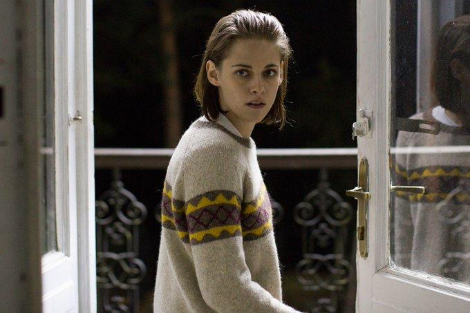Sure, I ll wish a happy birthday to actress of the decade Kristen Stewart. Happy birthday Kristen Stewart!