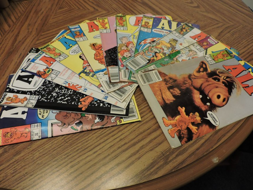Whatta yah think, @jpalmiotti ....are you the one to resurrect Marvel's ALF comic book?? Hey, Willie!