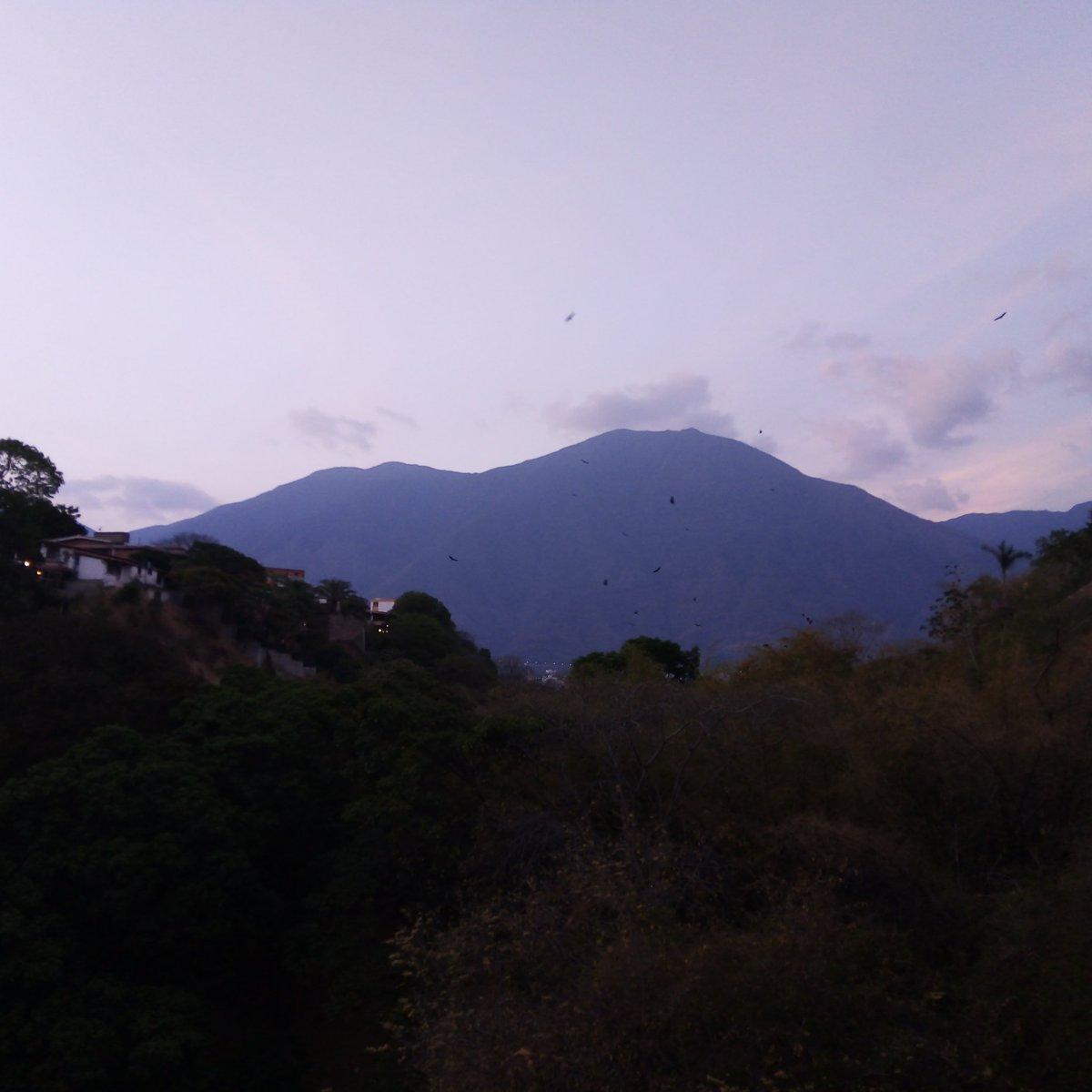 El Ávila desde mi balcón #NoFilter