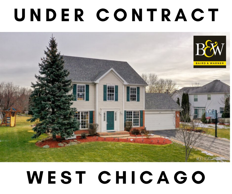 Under contract in just over a week in West Chicago! A beautiful home now off the market! Congrats to these clients! #newlisting #undercontract • • • #westchicago #newlisting #offthemarket #makingmoves #sellinghomes #aurorail #batavia #chicagoland #bairdwarner #homeownerpic.twitter.com/89G0Bp8xsR