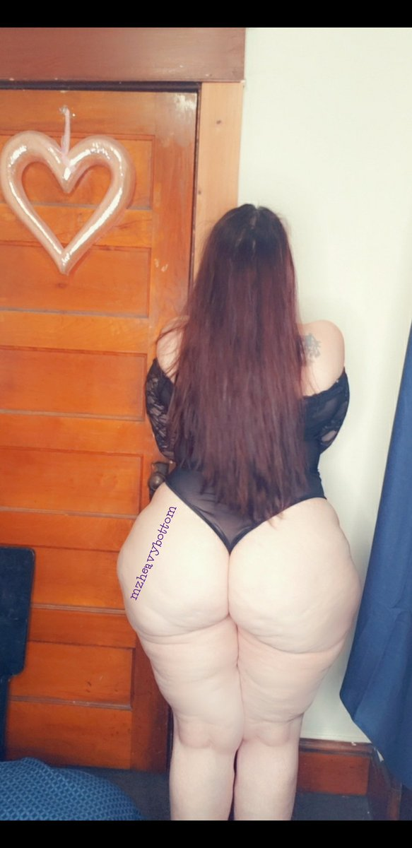 #thickwomen #bigbooty #bodyconfidence #pawg #voluptuous #thickthighs #curvywomen pic.twitter.com/424F43vX1p