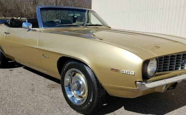 This 1969 Camaro Convertible has been owned by the same elderly gentleman for more than 30-years. It has covered a genuine 28,000 miles during its lifetime, and its condition really does have to be seen to be believed. -> https://barnfinds.com/28k-original-miles-1969-chevrolet-camaro-convertible/ … #Camaro #Chevrolet #Convertible pic.twitter.com/5Ous35usjb