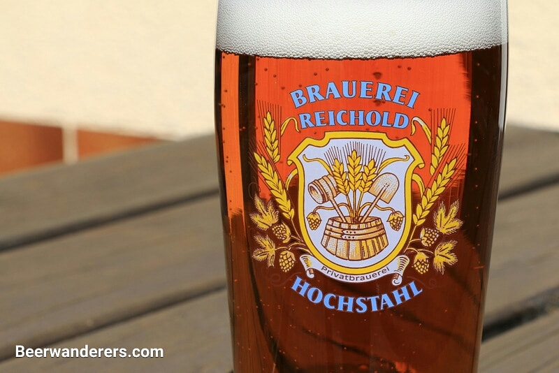 Good Friday's here. Time for a beer.  https://www.beerwanderers.com/2020/04/reichold-lager/ …  #beer_wanderers #beer #hiking #bavaria #beerhikingbavaria #bier #wandern #bayern #bierwandernbayern #beerwanderers #fridaybeer #franconia #frankenpic.twitter.com/U5EOU0eK4o
