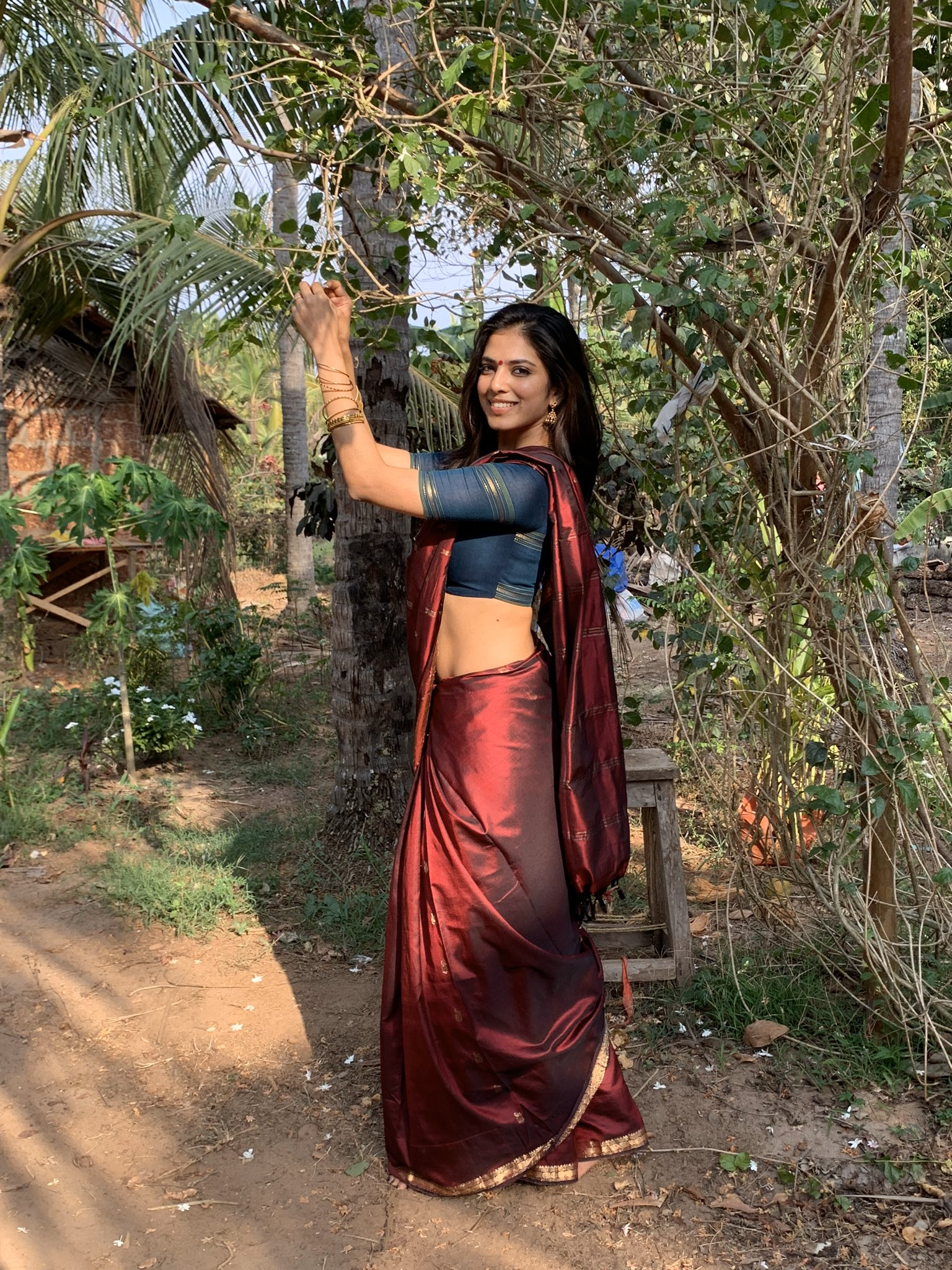 Malavika Mohanan Latest Saree Pictures Too Cute