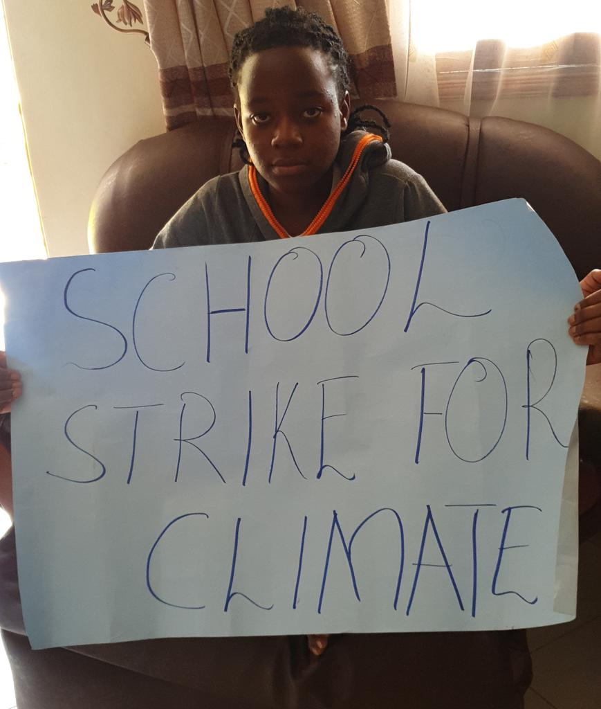 School strike for  climate week 61 from the global South, Kampala Uganda.   #DigitalStrike  #ClimateStrikeOnline  #schoolstrike4climate #fridaysforfuture #climatestrike #COVIDー19 #COVID19UG<br>http://pic.twitter.com/spU5FdvDFY