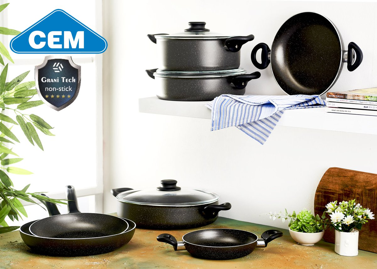 Evde kaldığımız bugünlerde, sağlıklı nice sofralar için Cem Granit 10 parça set  Cem Granitech 10-piece set for healthy dishes while staying at home in these days.  #Evdekal #stayathome #cembialetti #cemtencere #hayatintadituzu https://t.co/PkoVWbFUAc