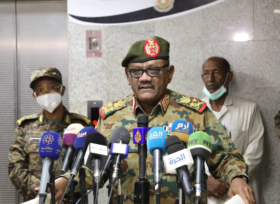 عبد الفتاح البرهان يلتقي وفدا عسكريا إثيوبيا برئاسة رئيس هيئة القوات المشتركة EVQ0vISX0AEBp6R?format=jpg&name=medium
