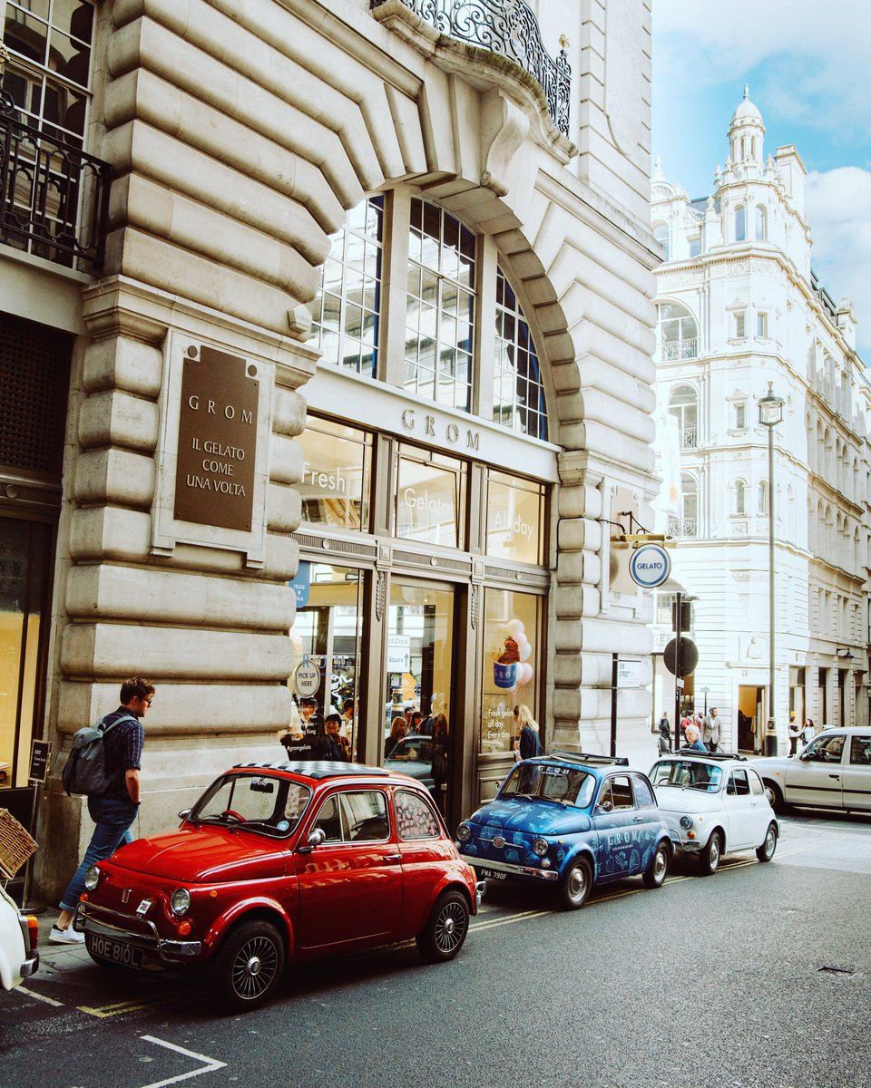 #flashbackfriday to a fabulous @Grom_gelato event in the centre of London.  #fiat500 #FiatFriday https://t.co/fevxMvKXh9