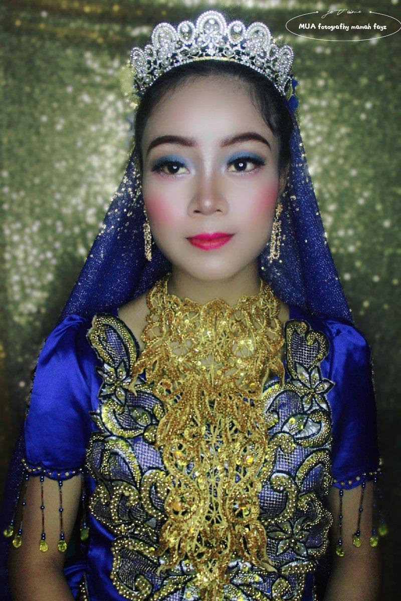 Makeup fotografhy mamah fayz 💄💄#prewedding #riaspengantinlamandau #makeuplamandau #riaslamandau  #riasfashion  #hijabfashion #hijabpesta #lamandau #nangabulik #kalteng #lamandausega #iloveyou #kalimantantengah  #latepost  #insfirasinikah #fayzcollection https://t.co/nf3CIRn7uy