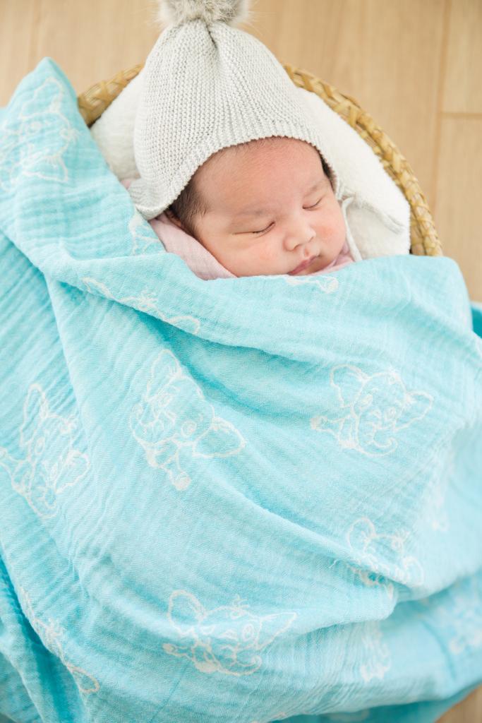 Cotton #mebien #Swaddle on #Amazon #babyswaddle #cottonswaddle #babyblanket #lightblanket #pinkswaddle #blueswaddle #swaddleblanket #swaddlebaby #swaddles #swaddling #baby #babywearing  https://www.amazon.com/s?k=toddler+blanket&me=A3221V797JC5LR&ref=nb_sb_noss…pic.twitter.com/apS68Ue6SH