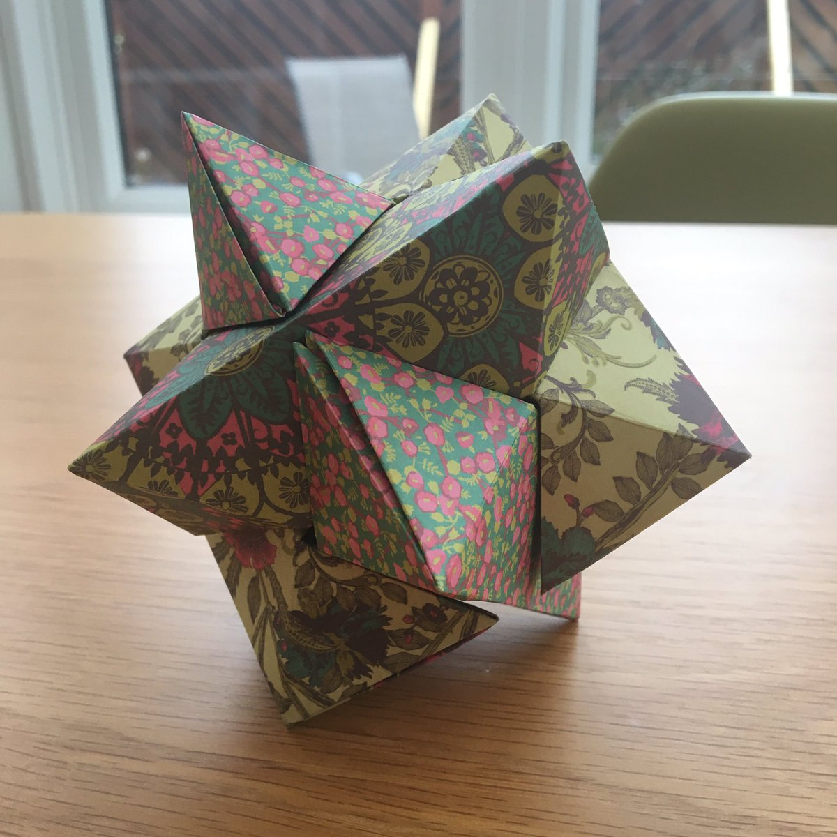 How to Make a Kusudama Flower (with Pictures) - wikiHow | 1200x1200