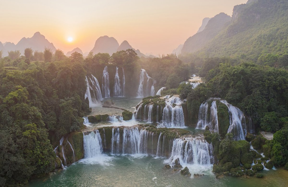 красивые фото водопадов вьетнама тяжелый
