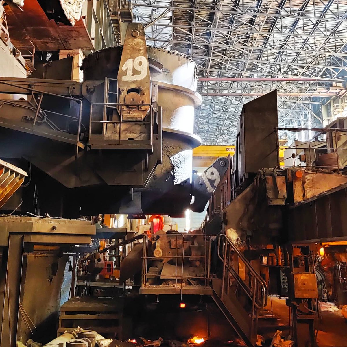 Modern day continuous caster  #casting #Continuouscasting #steelplant #steel #metallurgy #materials https://t.co/muHWazhqKL