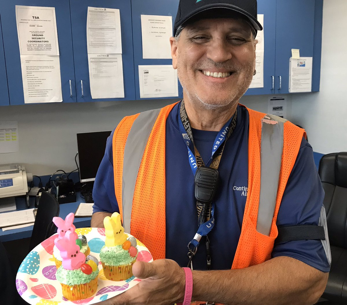 The Easter Bunny knows, the PBI Team is the best peeps the business. Delivering core4-Every Customer, Every Flight, Everyday! From our PBI United family to yours, wishing you a healthy and happy Easter! @auggiie69 @LouFarinaccio @weareunited @flyPBI #whyiloveao #WinningTheLines
