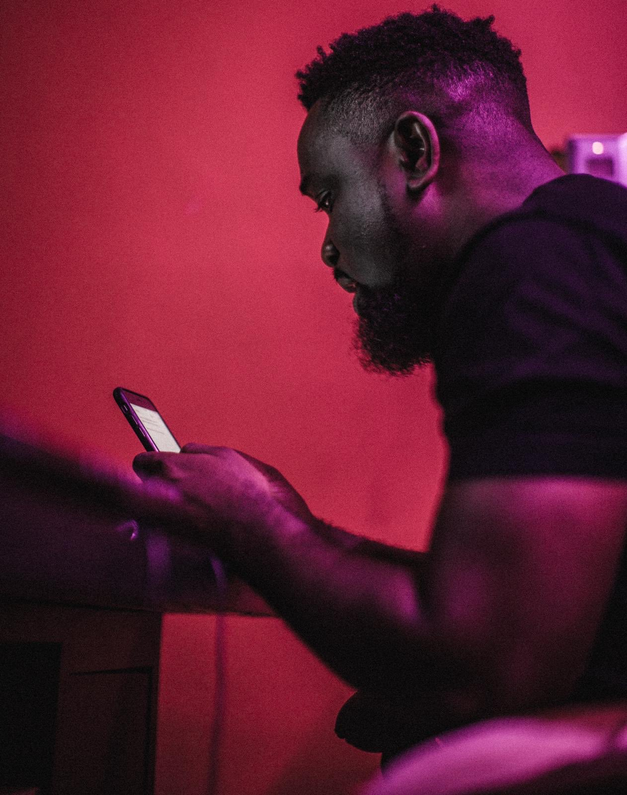 Nigerian Artistes Are Bigger Than Us Because They Support Each Other - Sarkodie