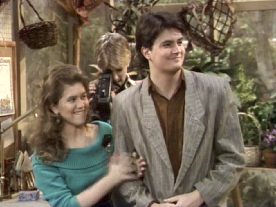 """RetroNewsNow on Twitter: """"📺ABC Primetime, April 12, 1989: — On 'Growing  Pains,' Carol's boyfriend, Sandy, gets into a car accident while driving  intoxicated… https://t.co/2VWFPPZHXT"""""""