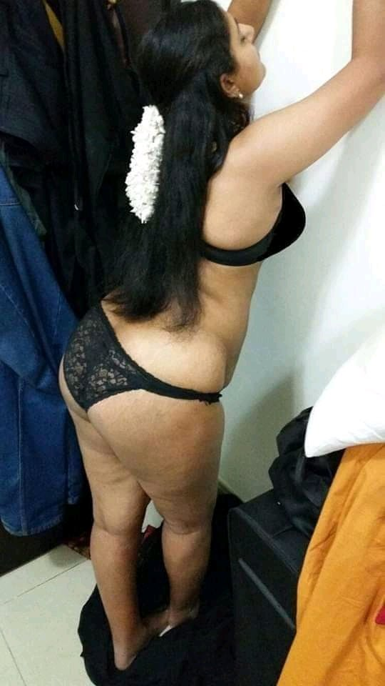 Indian girls showing ass in red panty