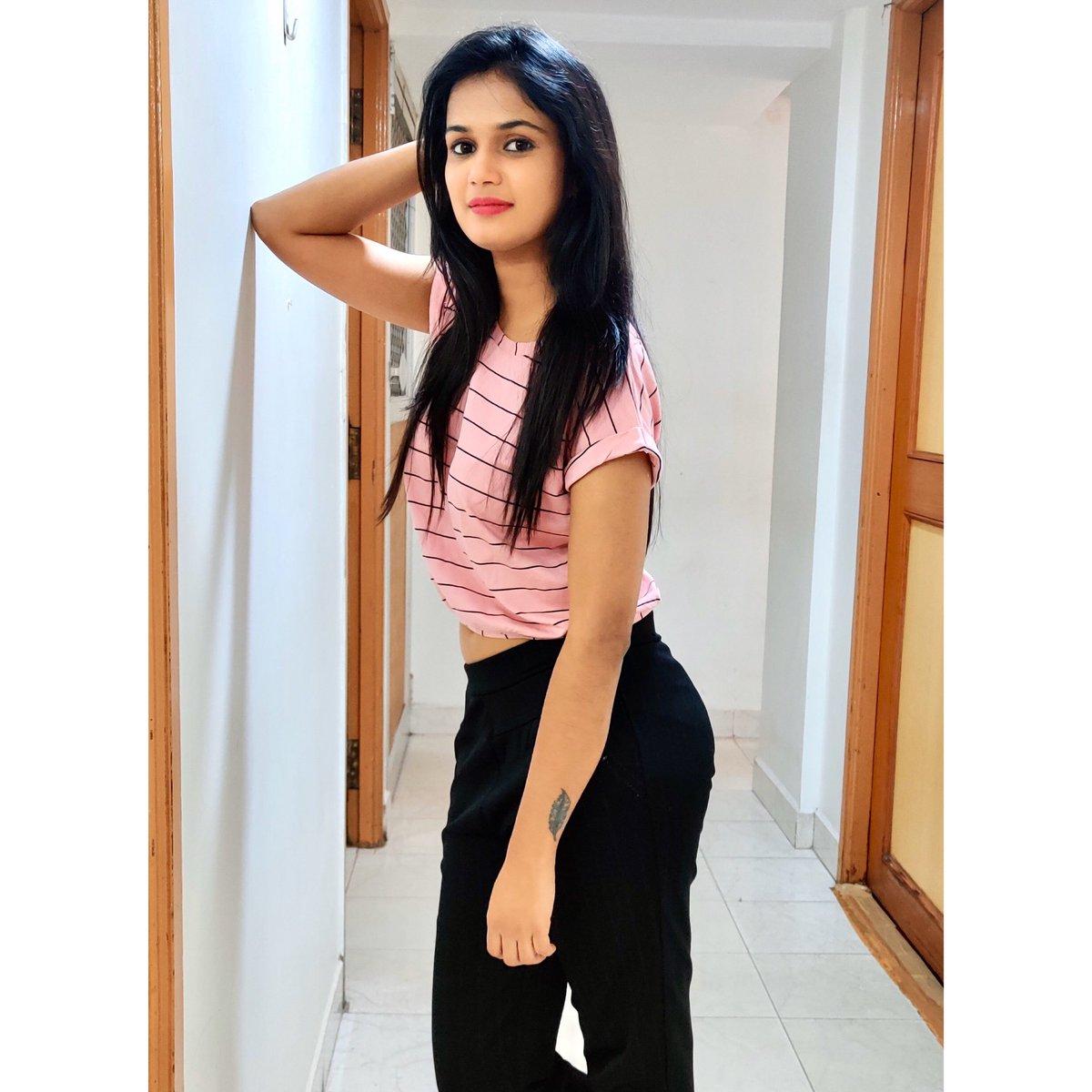 ariyanaglory (@anchorariyana) | Twitter
