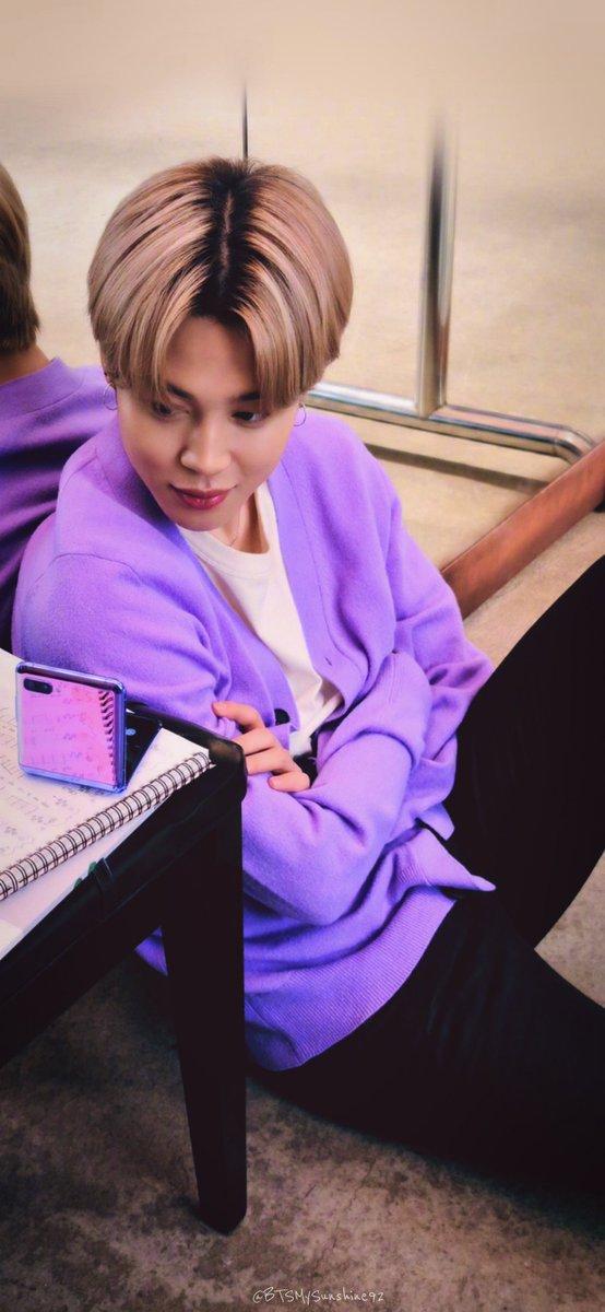 ṡṡẗeḟy 501ḟoṛeṿeṛ On Twitter Jungkook V Jimin Samsung X Bts Lockscreen Wallpapers Bts Twt Bts