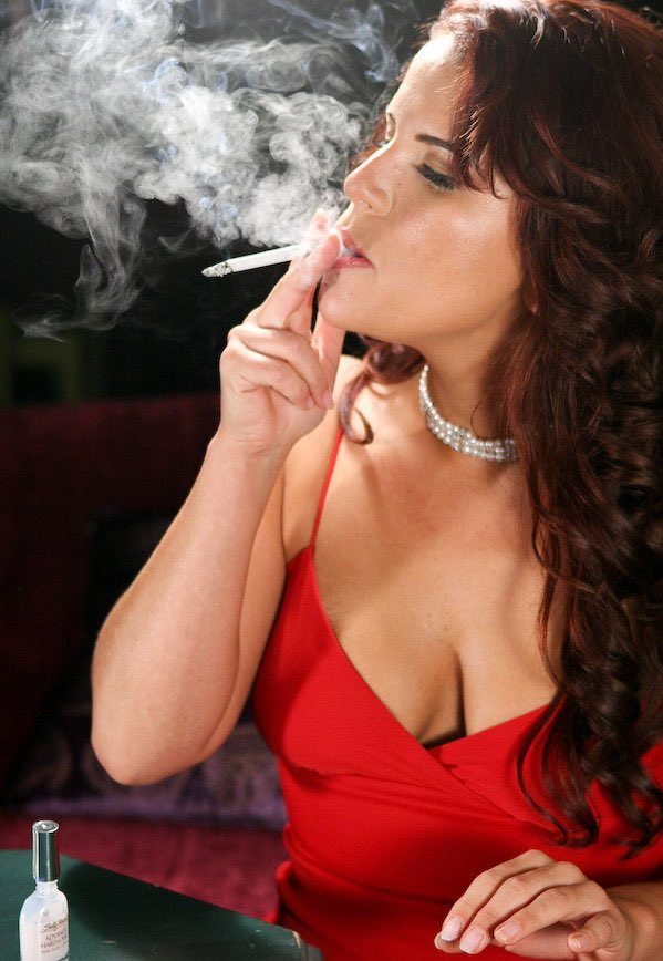 Lady ruby comes to smokevision