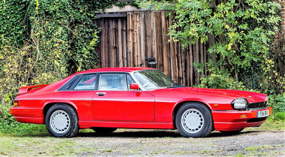 Car of the day#Jaguar   XJR-S 5.3 by JaguarSport  (1988–89)  V12, V12, V12, V12pic.twitter.com/vt9shAh7lk