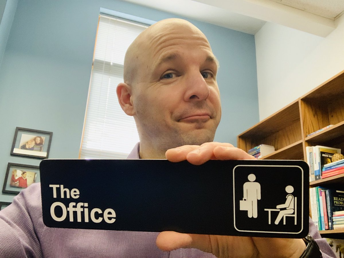 Our #TeacherByTrine Tuesdays continue! For today, we want you to share with us a talent (hidden or not, and ridiculous or not)...  I happen to be your local The Office trivia expert  #TheOffice #INeedAnotherTalent<br>http://pic.twitter.com/4WrXH5wvhc