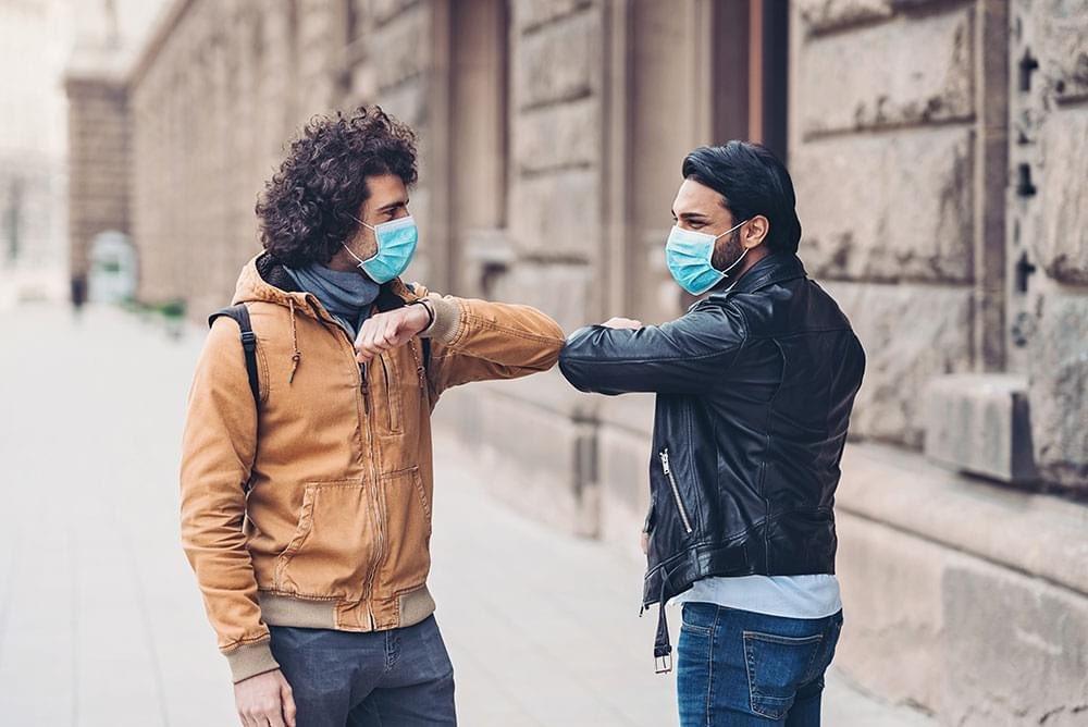 📌 Industriels et particuliers, le groupe AFNOR met à votre disposition un guide pensé par 150 experts pour concevoir un « masque barrière » 👩💼 🔍 Retrouvez-le en téléchargement sur le site ! https://t.co/eiGzgv11K2 #COVID19 #Initiatives https://t.co/EKBtiFTlVR