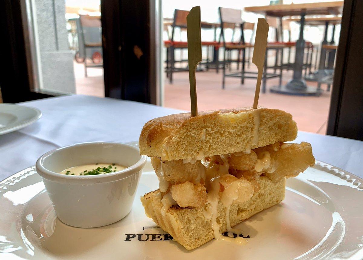Este martes fue el día del bocadillo de calamares. La maravillosa versión de #Puertalsol podía encontrarse en el menú ejecutivo de cada día 😟 Un auténtico manjar que volveremos a disfrutar en breve 😃 #UnDíaMenos https://t.co/oWXoepAzwb