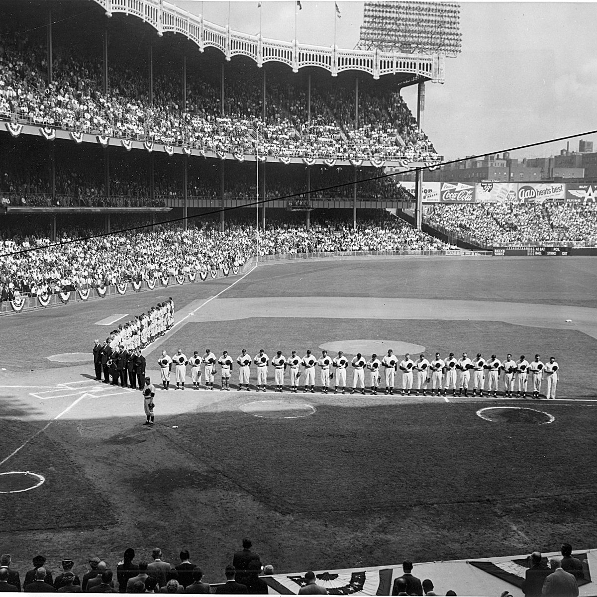 "MLB Japan в Twitter: ""#JackieRobinsonday のお祝いで、1955年の ..."