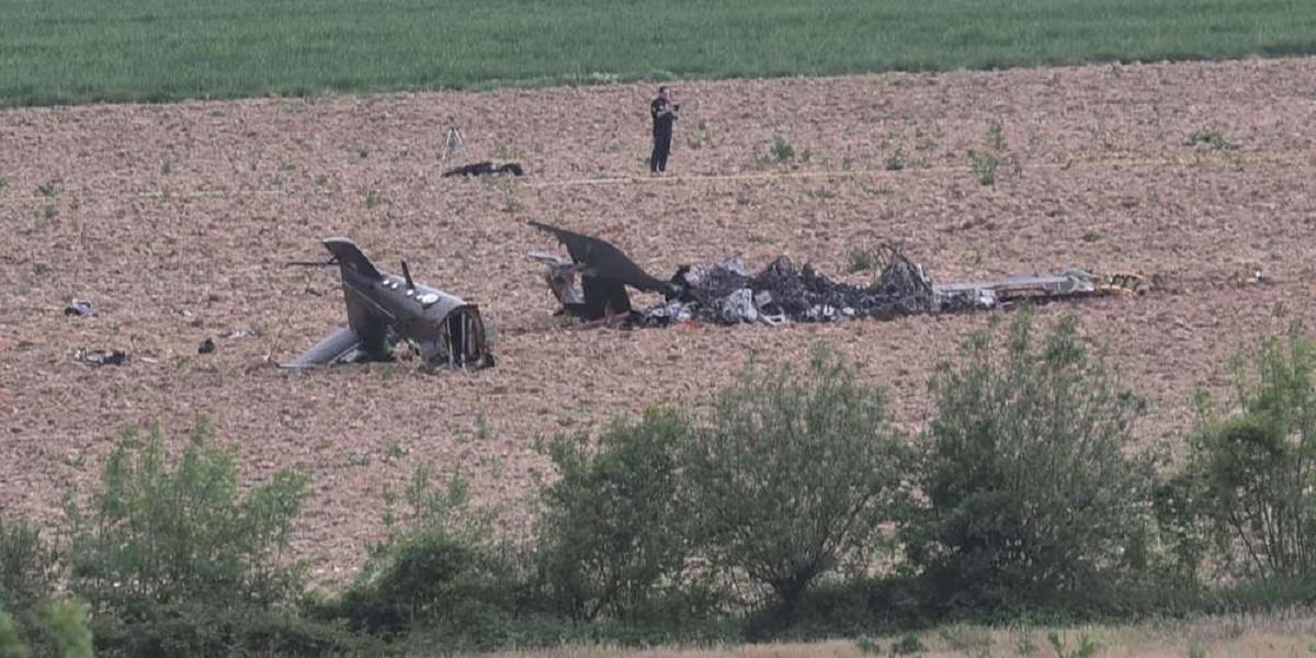 فرنسا.. مقتل اثنين وإصابة 5 في تحطم هليكوبتر عسكرية EVq1MFgWAAAKjmH?format=jpg&name=medium