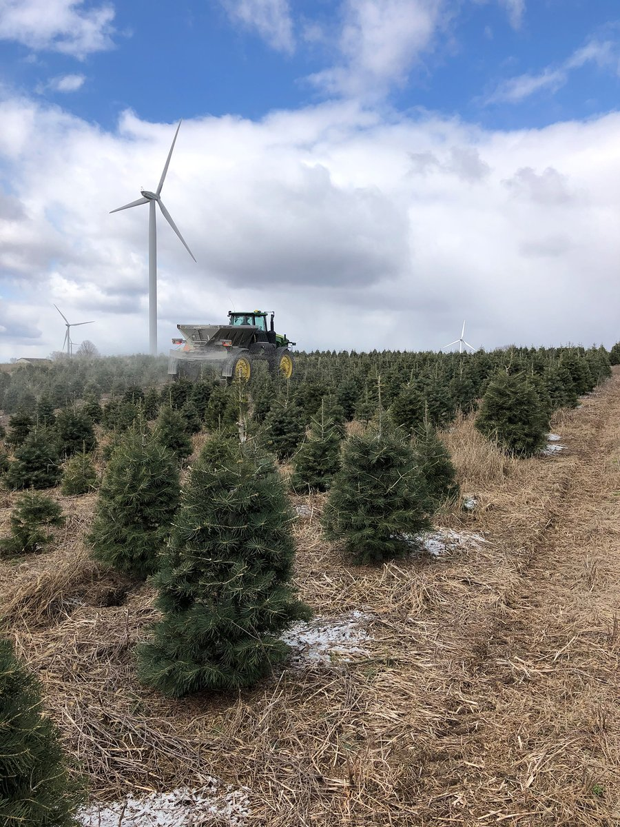 It's snowing in April in Indiana, so how about Michigan? Our McBain team is assisting to get these trees ready for Christmas Dutchman Tree Farms Spreading fertilizer on this farm spanning from seedlings to 80 feet high. #spring2020 https://t.co/KTDv9It0R3