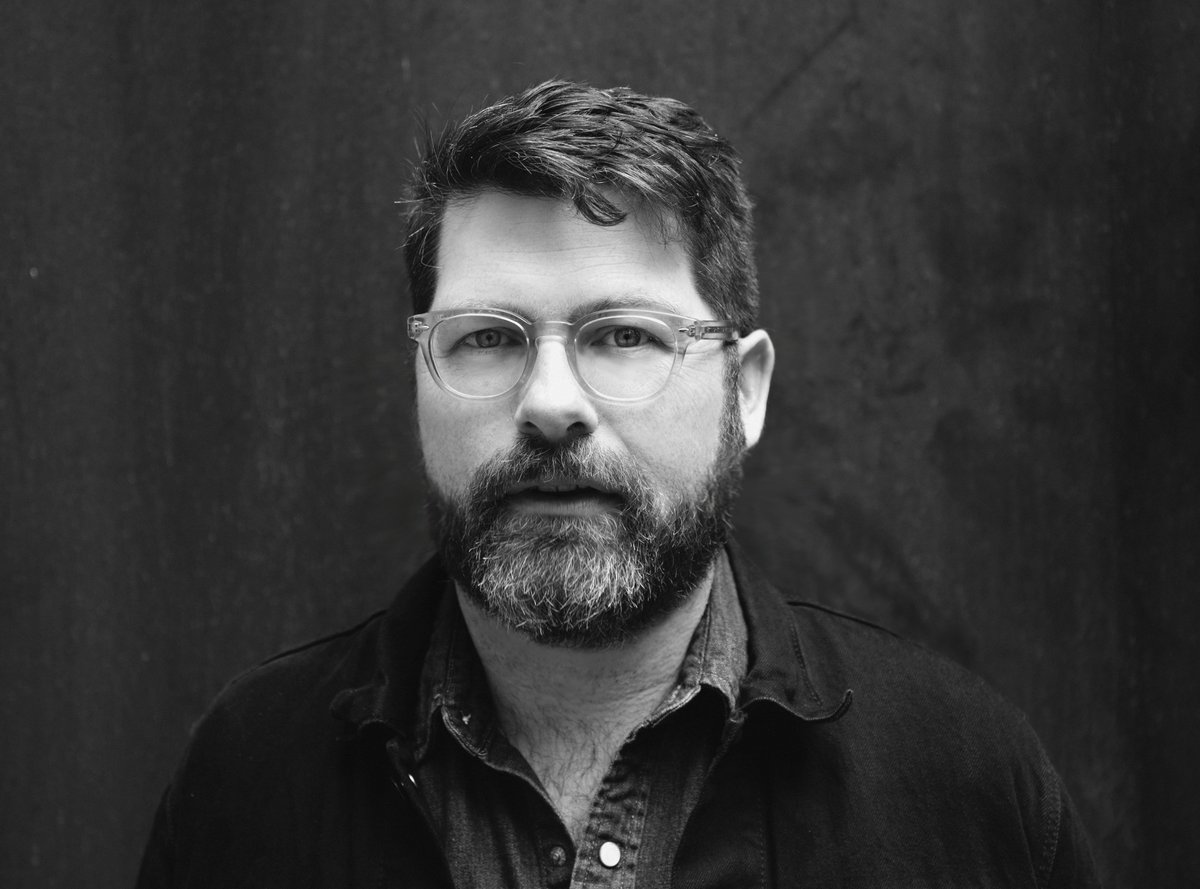 Tonight at 9p ET we'll be broadcasting @colinmeloy of @TheDecemberists playing live renditions from his farm-turned-studio outside of Portland. Replays throughout the week & on demand! https://t.co/8xJ1UJabgt