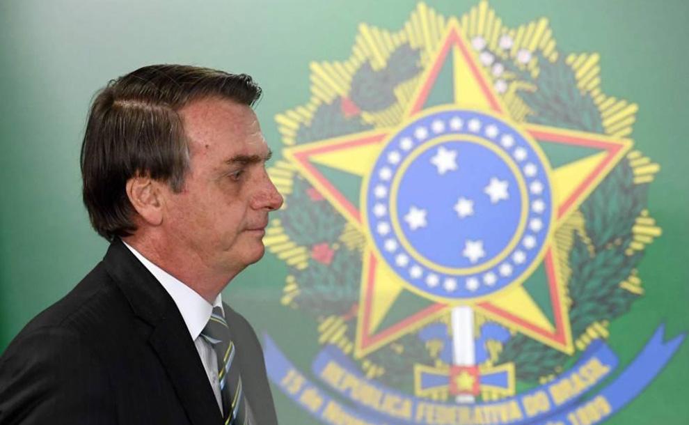 Bolsonaro corre a ministro de Salud en plena pandemia de coronavirus por tener diferencias