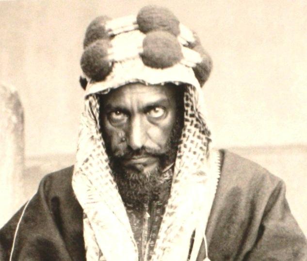 """Uživatel بدر الردعي na Twitteru: """"الصورة في اعتقادي انها الوحيدة للامام عبدالرحمن بن فيصل ال سعود , والد الملك عبدالعزيز توفي الامام في ذي الحجة 1346 في الرياض… https://t.co/0a16FQb1Bj"""""""