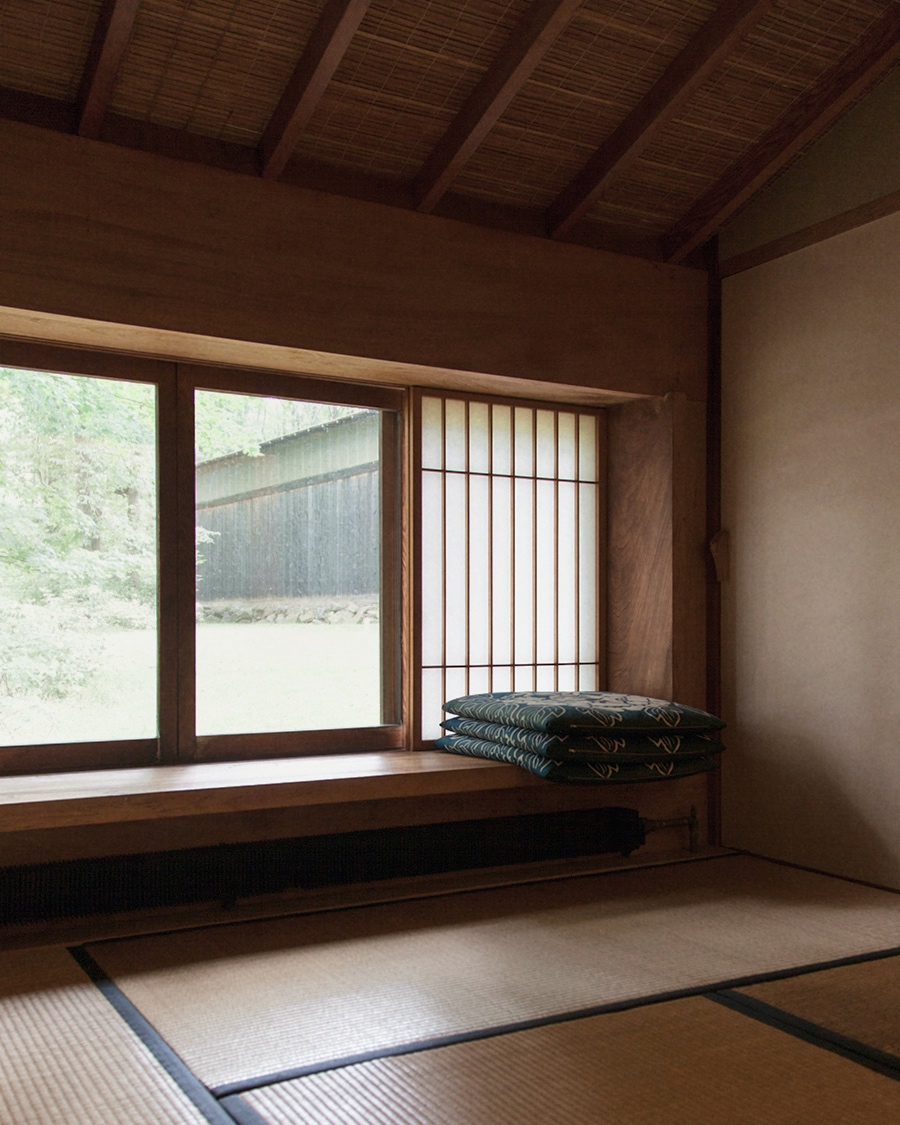 You can marvel at what George Nakashima has left behind, just as you can marvel at a full-grown tree and wonder how such a thing could have possibly come into being.  From the archive, 2015.  Read more here: https://t.co/3JtXxURuFs  #georgenakashima https://t.co/cAvspBBfB3