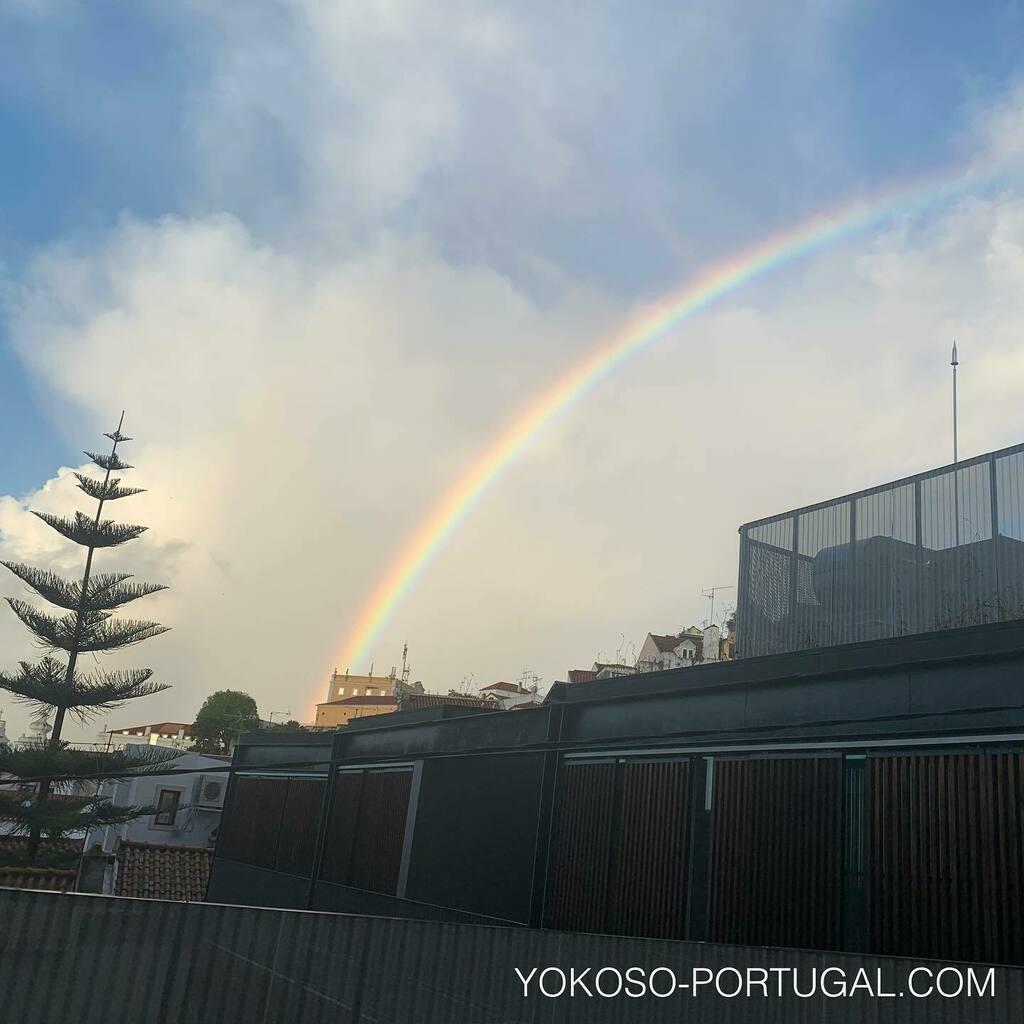 test ツイッターメディア - 虹が架かったリスボンの朝。 #リスボン #ポルトガル #虹 https://t.co/2539wwbVsH https://t.co/hpnu6ov7Tg