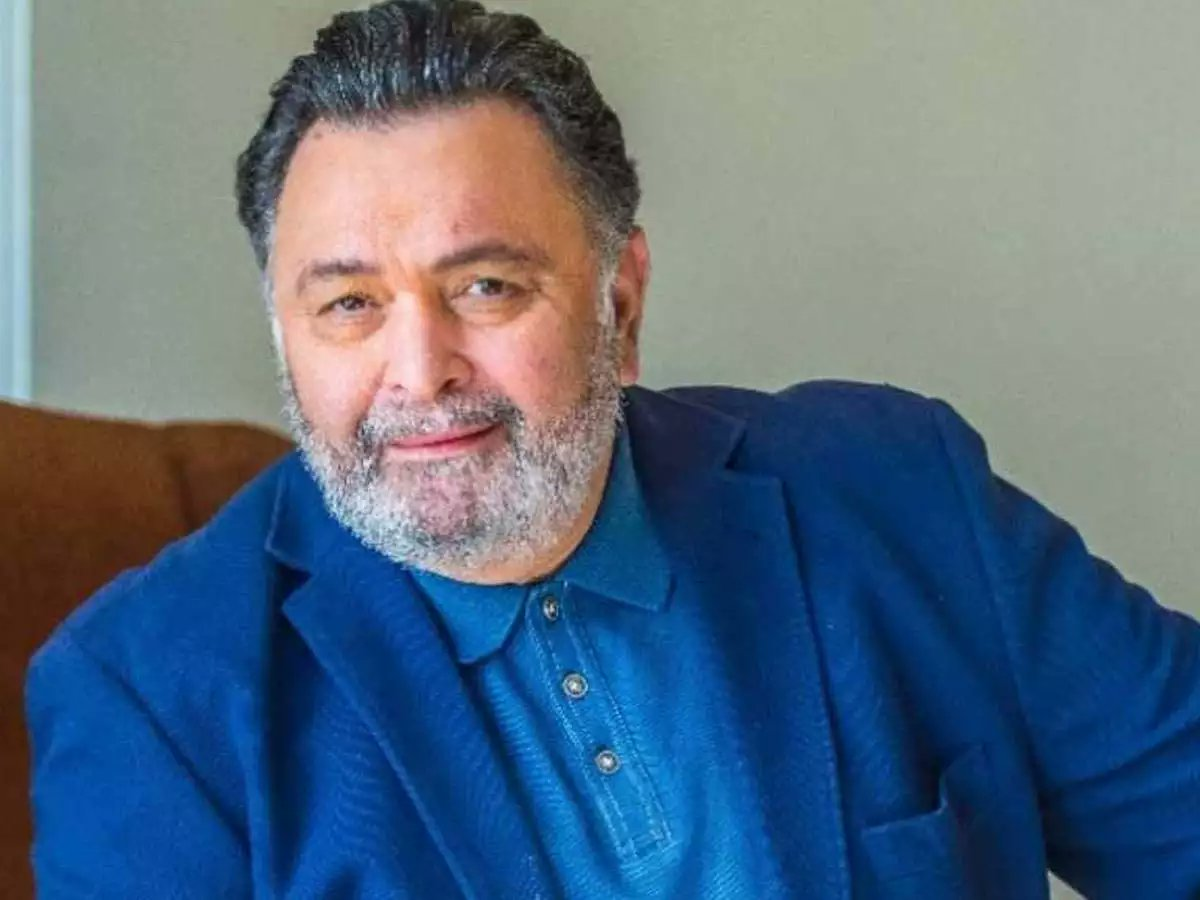 Its shocking to hear about the sudden demise of #RishiKapoor ji. My heartfelt condolences to his family and friends. 🙏🏻 May his soul rest in peace 🙏🏻