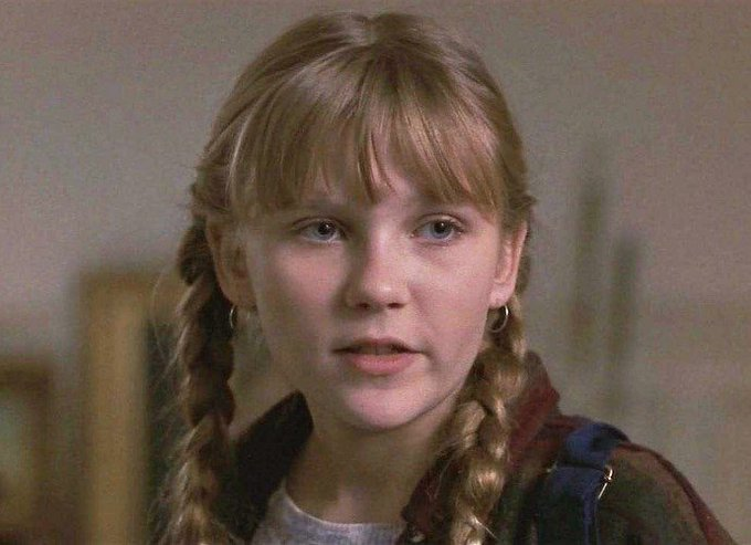 Happy birthday Kirsten Dunst aka the kid from Jumanji who was also in Bring it On. Absolute legend