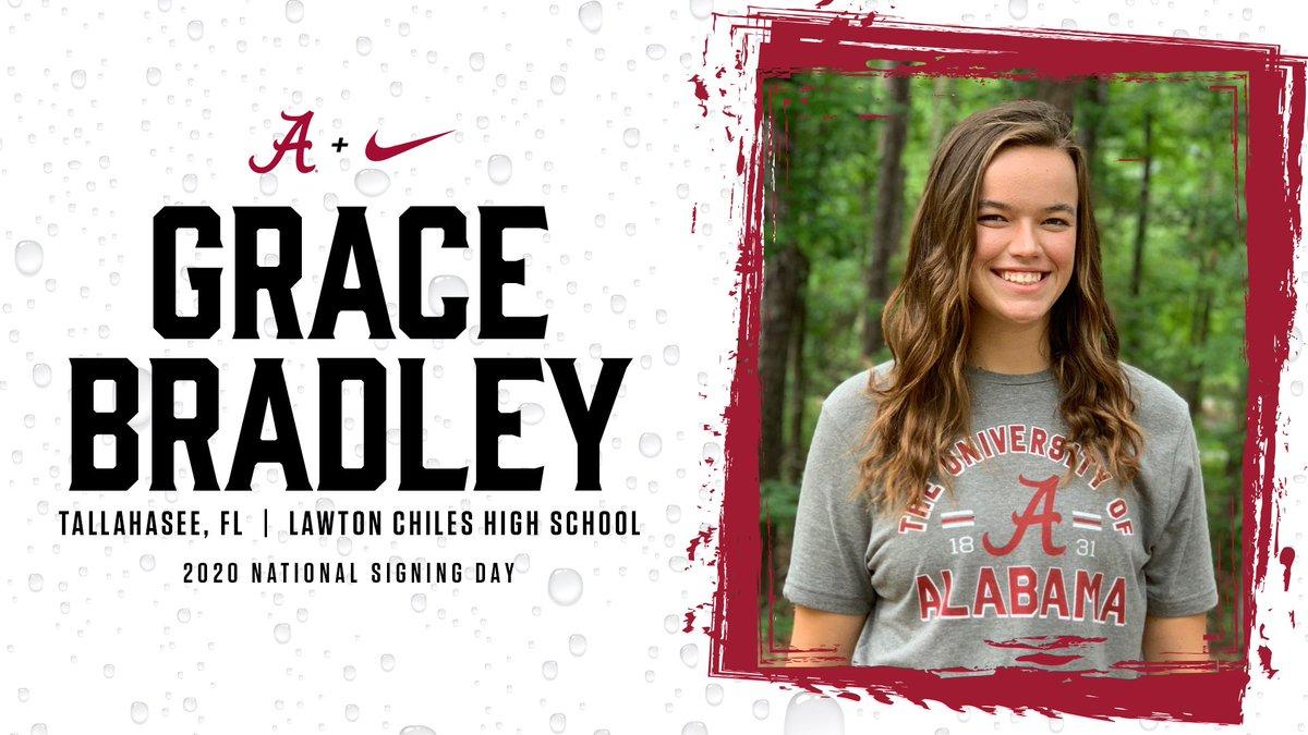 Give a warm Alabama welcome to our newest signee, Grace Bradley! 🤩🚣🏻♀️  #NSD20 | #RowTide https://t.co/tJ10jI5cJK