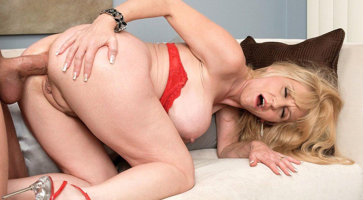Stacie King Wife Mom Porn Star