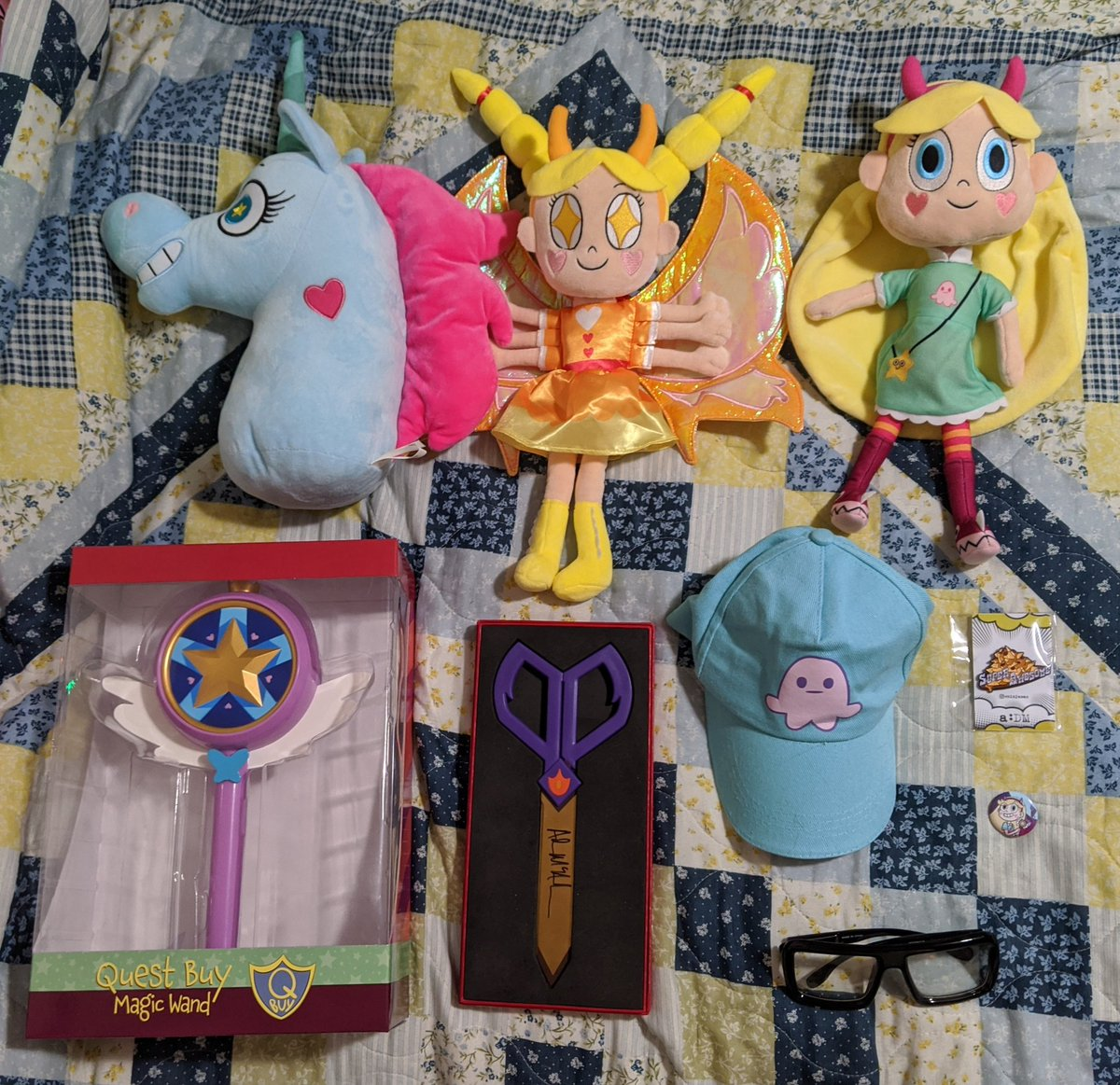 @SaveSVTFOE5 wants me to share my #StarVsTheForcesOfEvil merch and fanwork today! I have a LOT of merch, both official and unofficial! I'm also counting @ninjamac's #aDM merch since it's #svtfoe related!  Oh by the way. @DisneyTVA? Hope you're seeing this!  #SaveSVTFOEpic.twitter.com/m7uryhjLhW