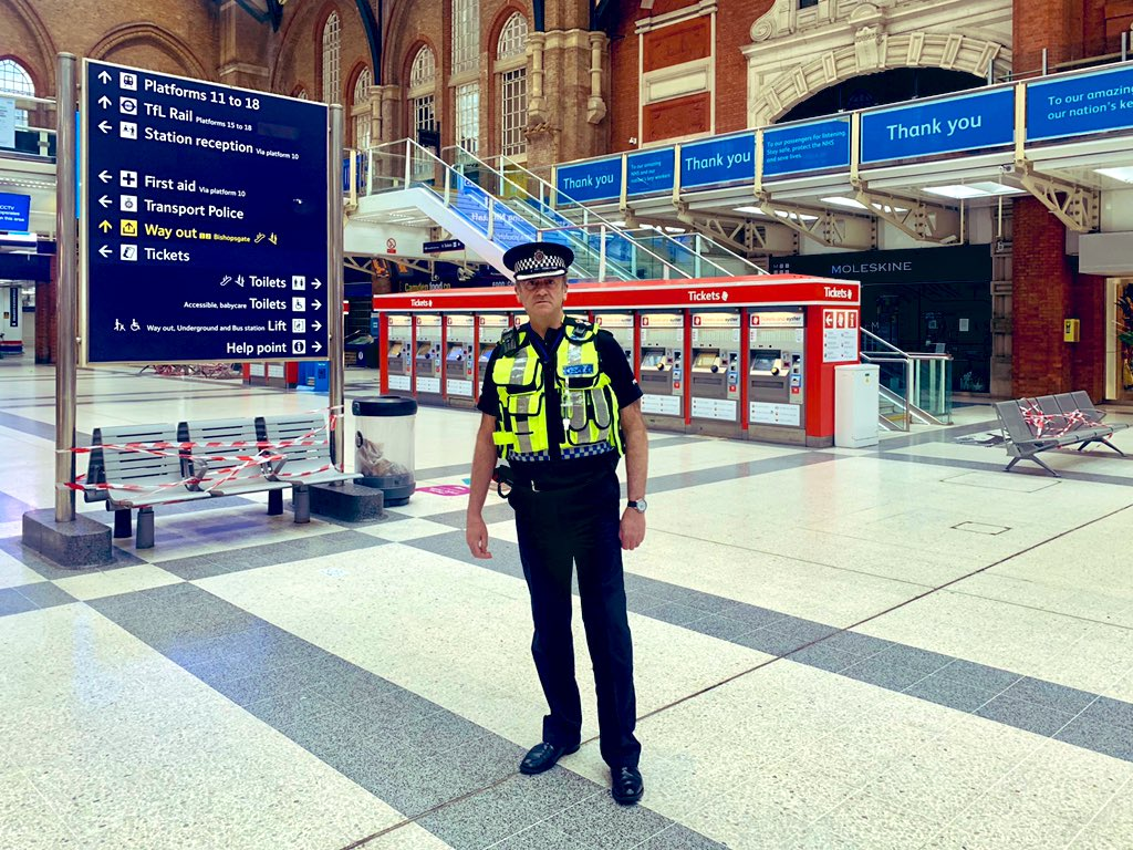 I'm on patrol with @BTPLiverpoolSt today. I'm pleased to report that the station is practically empty. To those staying at home... thank you!