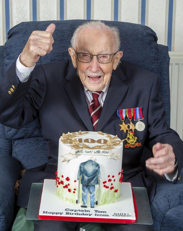 Happy 100th birthday Captain Tom you are a hero! https://t.co/o28vvgrleI
