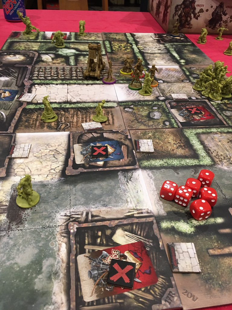 #gameaday #2020challenge 69/2020 Way back at 24, I made a reference to this frustratingly impossible #cooperative #tabletop #boardgame - #Zombicide #GreenHorde Is it impossible? *Maybe* not, but we haven't managed a win in half a dozen tries & we're no wiser on HOW to win... https://t.co/fs69ODYte0