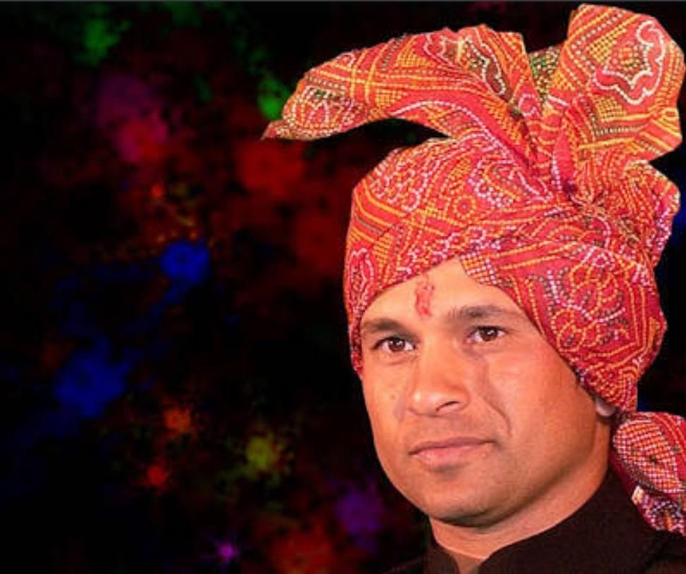 आपल्या सर्वांना महाराष्ट्र दिनानिमित्त हार्दिक शुभेच्छा! जय महाराष्ट्र! #MaharashtraDay