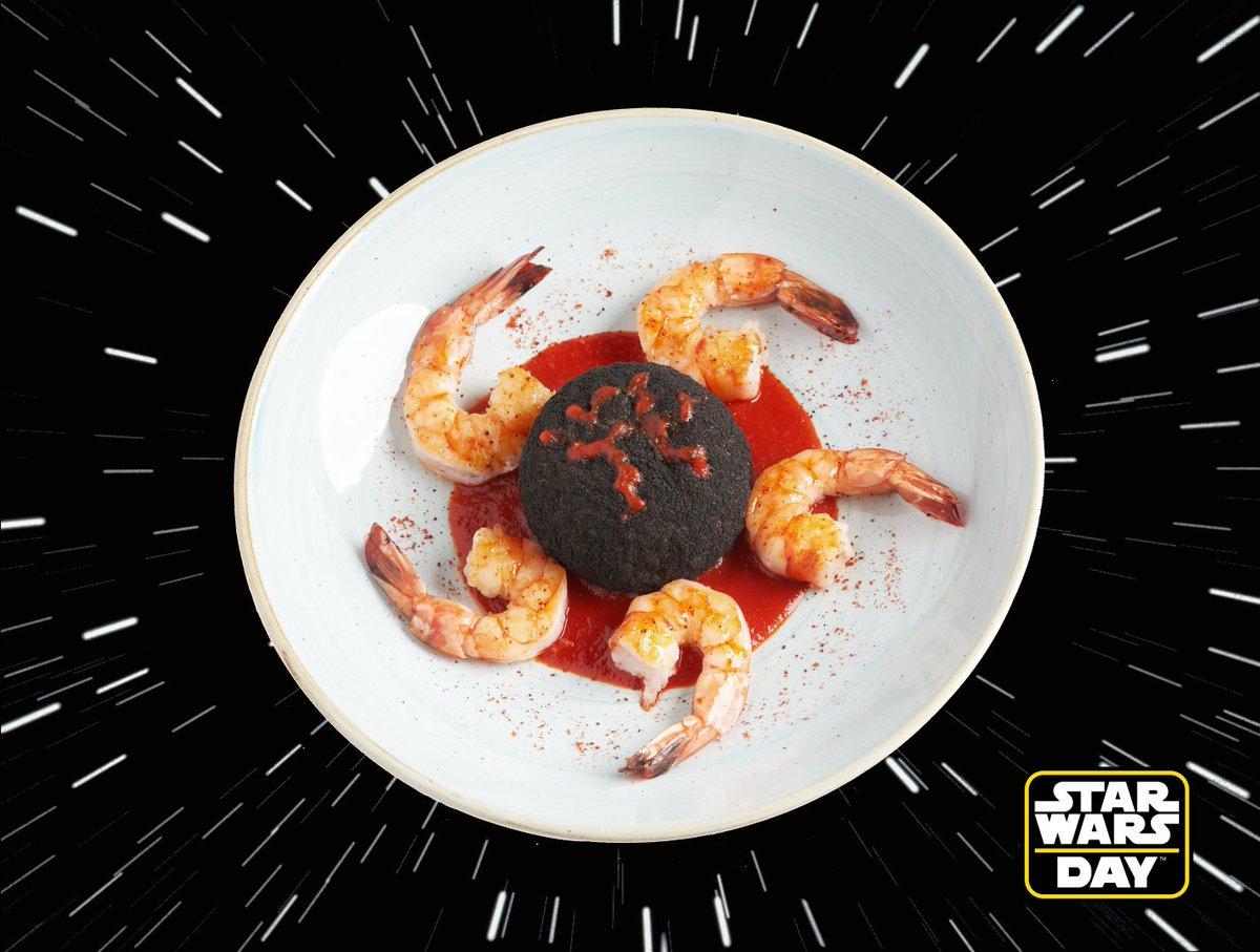 Le 4 mai, c'est Star Wars Day ! 💫 À cette occasion, découvrez des saveurs d'une galaxie très, très lointaine avec cette recette de Crevettes et Risotto de la planète Mustafar 👉 https://t.co/ayupICbiSE #MayThe4thBeWithYou #StarWars https://t.co/EJEbXezzxR