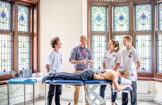 Are you considering a career in #Chiropractic, #MedicalUltrasound or #Sport #Psychology? At AECC University College, clinical training, academic expertise and unique specialist health science community will underpin your academic success. https://t.co/Zt8Ct1GD2T https://t.co/ZDewrluUgm