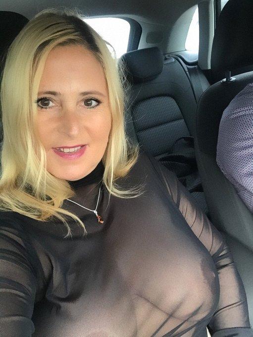 Lovelie nackt amanda Model spends